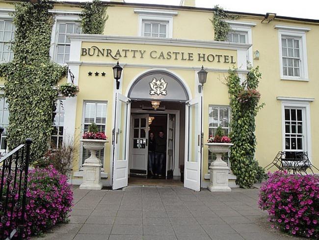 Bunratty Castle Hotel Restaurant